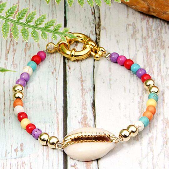 armband-bracelet-multicolor-jasseron-sluiting-goudkleur-cowrie-bohemian-zomer-movastyling