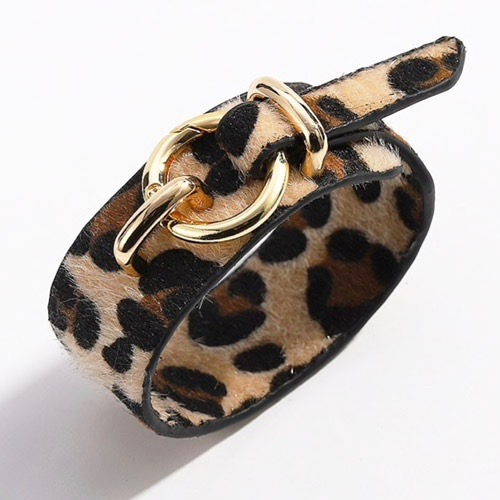 armband-luipaardprint-zwart-beige-goudengesp-leopardprint-beige-black-animailprint-bracelet-dierenprint-mixandmatch-movastyling