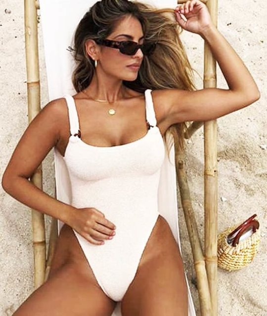 badpak-one-piece-knitted-crochet-movastyling