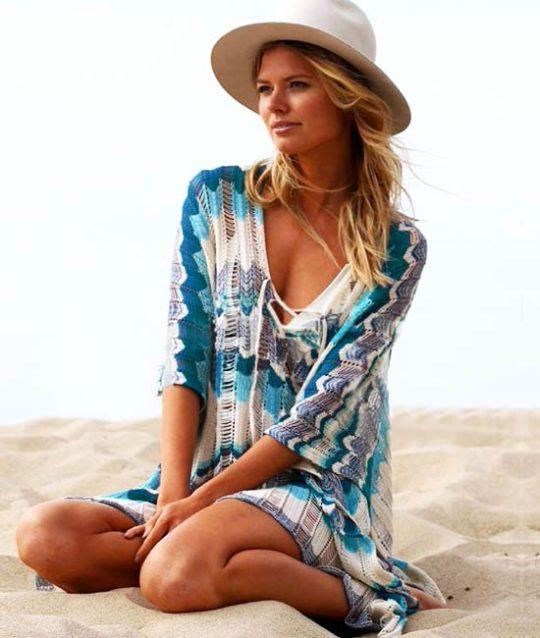 crochet-cover-up-tuniek-strandjurk-blauw-movastyling