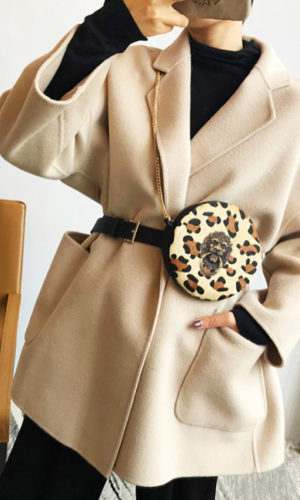 heuptas-beltbag-schoudertas-beige-zwart-goud-luipaardprint-dierenprint-leeuwenkop-casual-real-leather-movastyling
