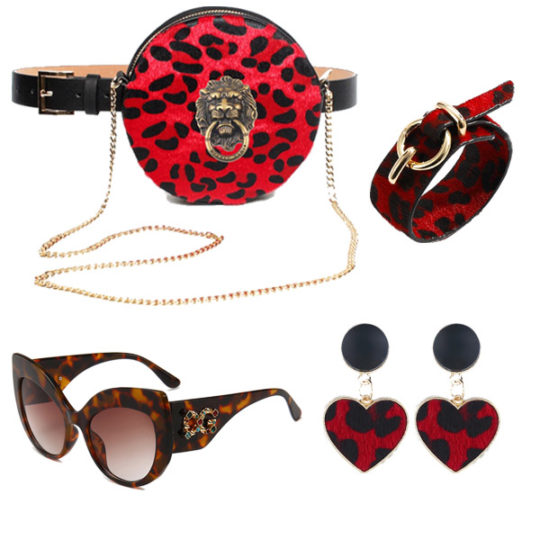 heuptas-beltbag-schoudertas-rood-goud-luipaardprint-dierenprint-leeuwenkop-festival-luxury-fashion-zonnebril-rood-armband-movastyling