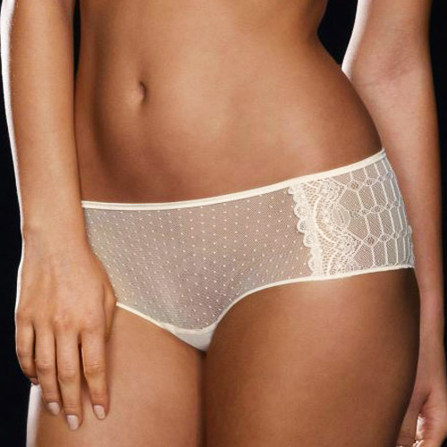 implicite-lingerie-crystal-dotted-bottom-movastyling