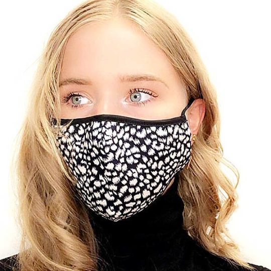 mondkapje-wasbaar-model-26-zwart-wit-print-movastyling