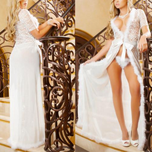 nachtrobe-voorkant-achterkant-kortemouw-wit-veertjes-long-nightgown-setje-thong-movastyling