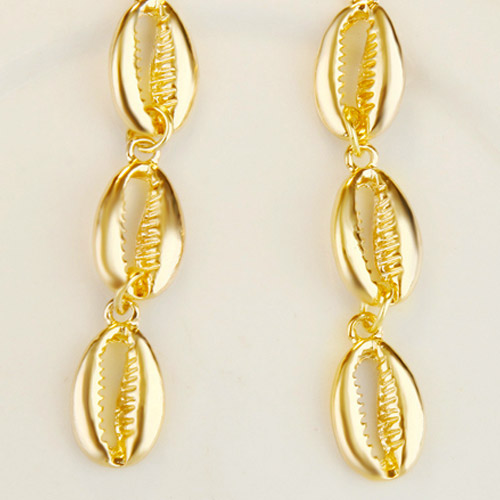 oorbellen-cowrie-shelp-goudkleur-shell-long-size-earringset-strand-beachlook-zomer-movastyling