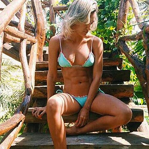 turquoise-brazilian-bikiniset-pink-summer-movastyling